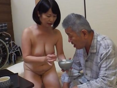 Creampie with an pop for this fine Japanese mature