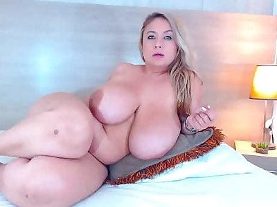 Real Huge Boobs BBW Floozy Maid