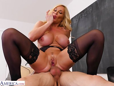 Passionate fucking on rub-down the floor fro busty full-grown Tyler Faith