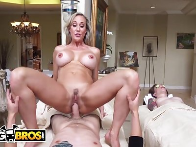 Cheating On the top of My GF With MILF cougar Brandi Love During Couples Rub-down - Brandi love