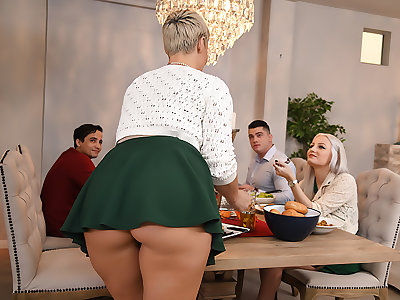 Eating Out for Thanksgiving