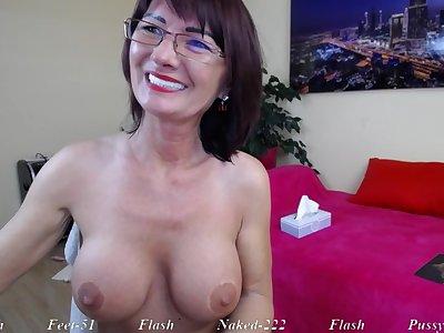 Brunette Mature mom in eyeglasses banter solo on webcam