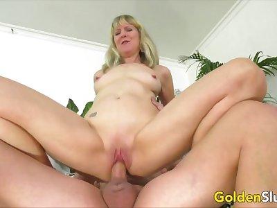 Golden Slut - Desperate Granny Meets a Hung Stud Compilation